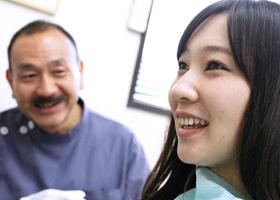3 歯の健康をベースに、美しさを追求する審美回復にも力を入れる